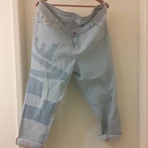 Peace love world love jeans